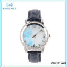 Wrist ladies vogue leather watch crystal