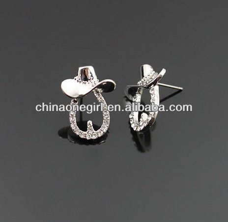 Rhinestone Horseshoe &Cowboy Hat Fashion Stud Earrings