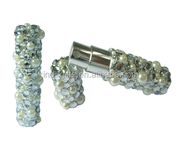 Amazing selling wholesale two kinds of white bling rhinestone customized style aluminum perfume bottle