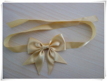 cheap pre-tied ribbon bow for gift packing/self adhesive ribbon bow