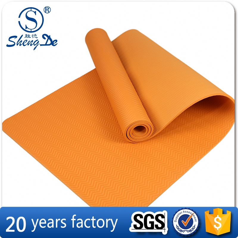 Easy to carry Anti-Slip fitness yoga mat , pilates yoga mat new design