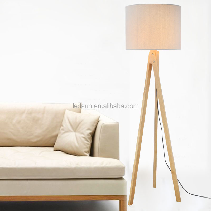 Home Furniture Wooden Natural Wood Tripod Floor Lamp
