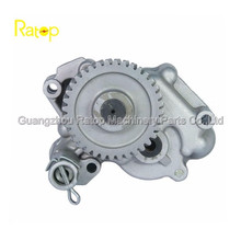 New oil pump for excavator engine 6D31, NEW TYPE OIL PUMP