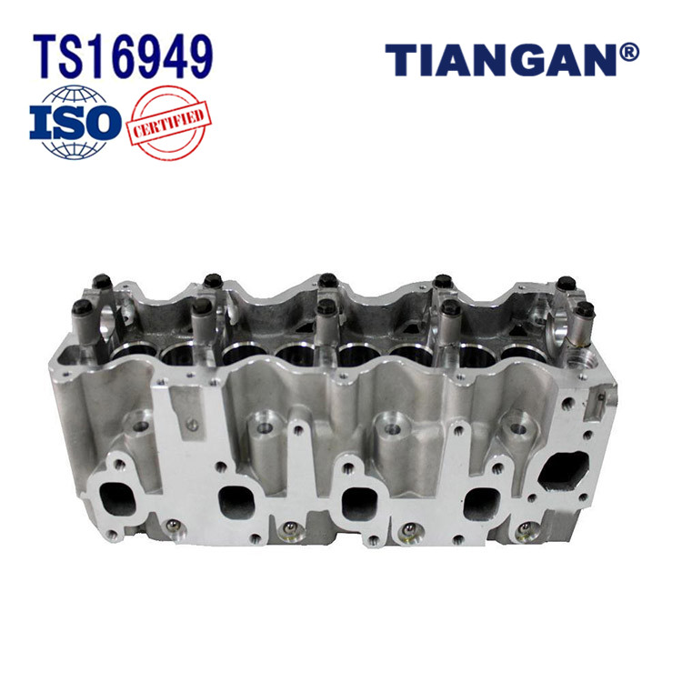 High quality engine parts 4d56 cylinder head