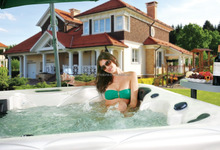 CE Certification ECO friendly In-clear System Spa Hot Tub