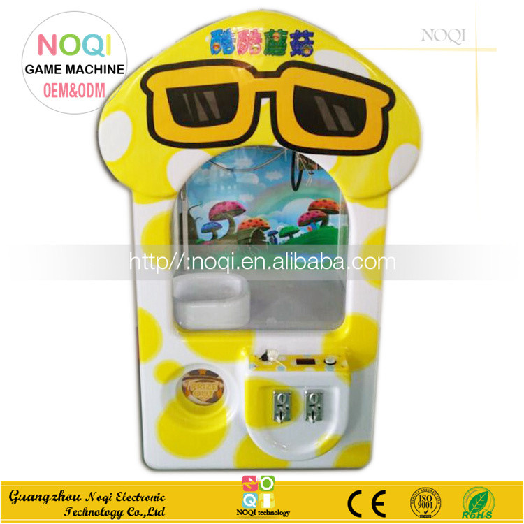 Nice design arcade crane machine capsule toy vending machine toy vending machine for sale