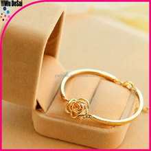 thin gold bracelet Exquisite set auger camellia bracelet girls gold bracelets