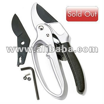 Pruning Shear with Ratcheting Action & Replacement Blade