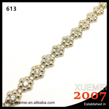 wholesale flower shape rhinestone crystal qpplique plastic chain wedding dress trim decoration