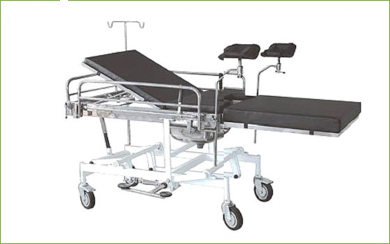 Emergency room four cranks hydraulic delivery bed