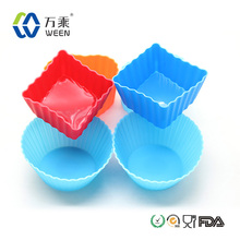 Attractive Christmas Promotional Wholesale Supply creative Cupcake Secret silicone cake molds / cupcake maker