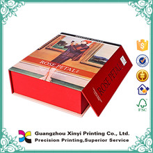 Custom Magnetiic Closing Folding Gift Boxes Wholesale