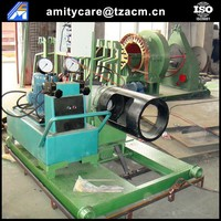 Prestressed tension jack machine for concrete pile mould