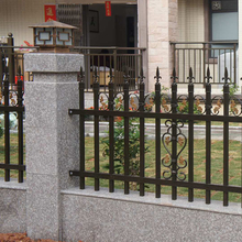 Powder coated decorative aluminum garden fence with spear point