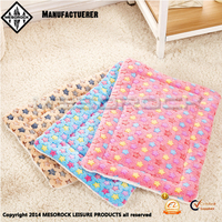 Wholesale Blanket Dog Soft Bed Puppy Warm Soft to Paws Coral Velvet Pet Heating Mat
