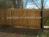 Superior quality wooden beautiful garden fence