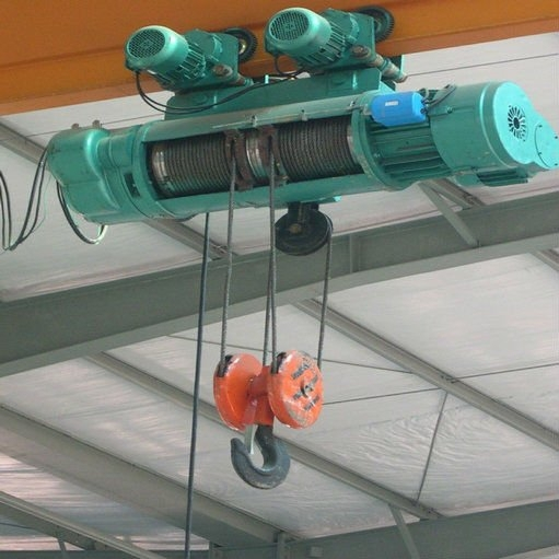 stationary wire rope electric powered hoist