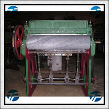 Double Roller Type Cotton Ginning Machine