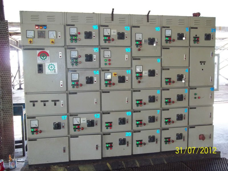 LOW VOLTAGE MAIN DISTRIBUTION PANEL