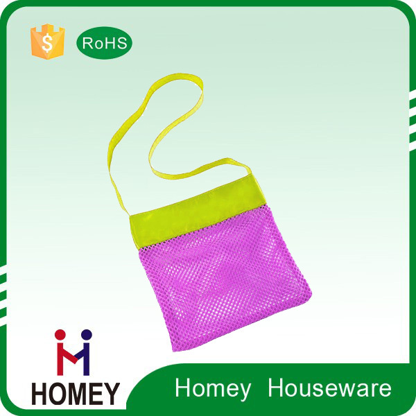 lovely mesh plastic beach bags and totes