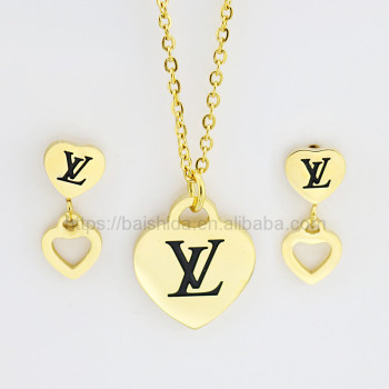 heart gold stainless steel jewelry sets replica with high quality