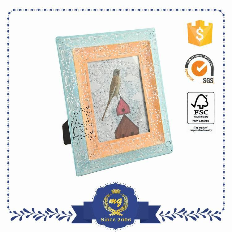 Samples Are Available Custom Tag Attractive Photo Frame Flower