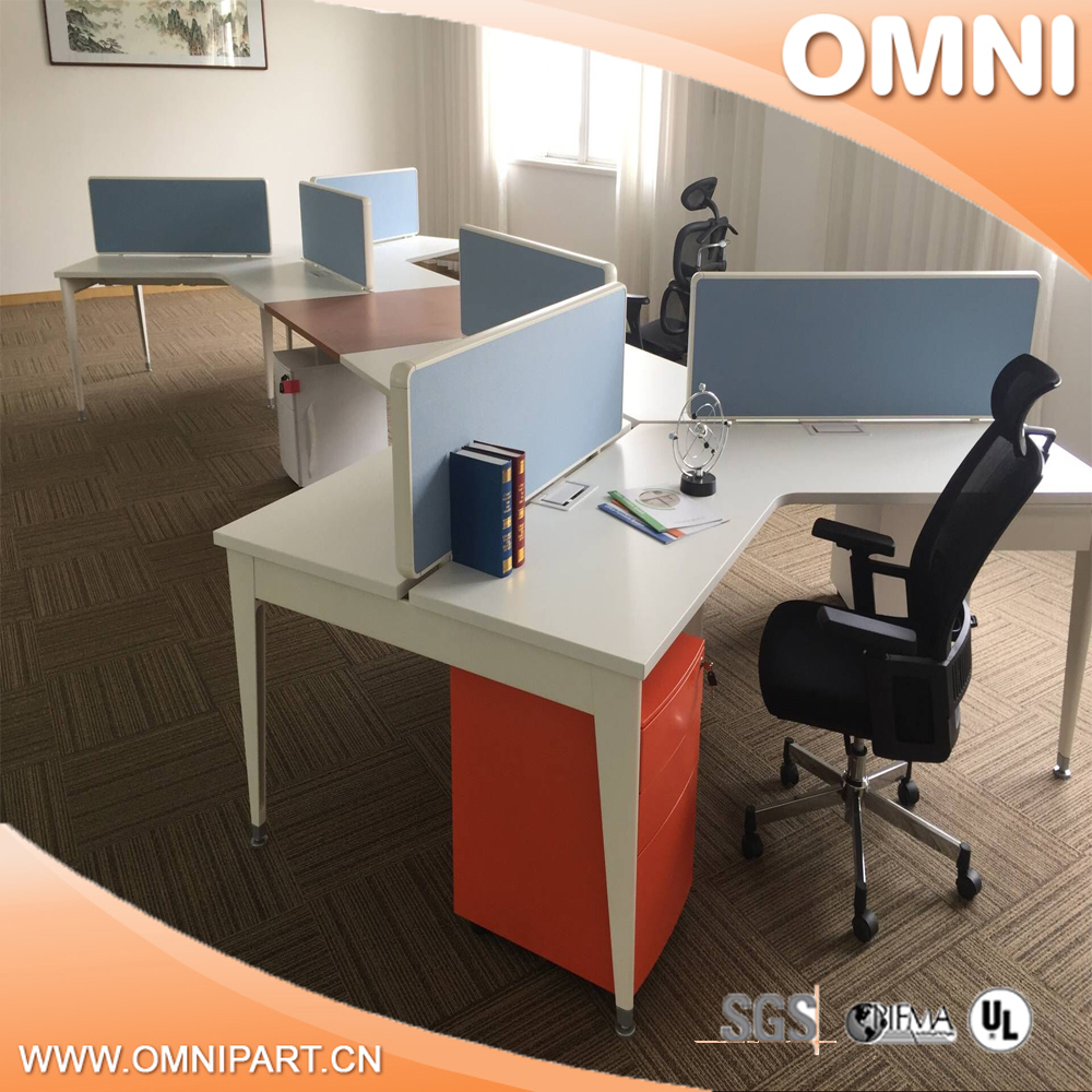 Three leaves flower shape 120 degree office partition island workstation for 3 person