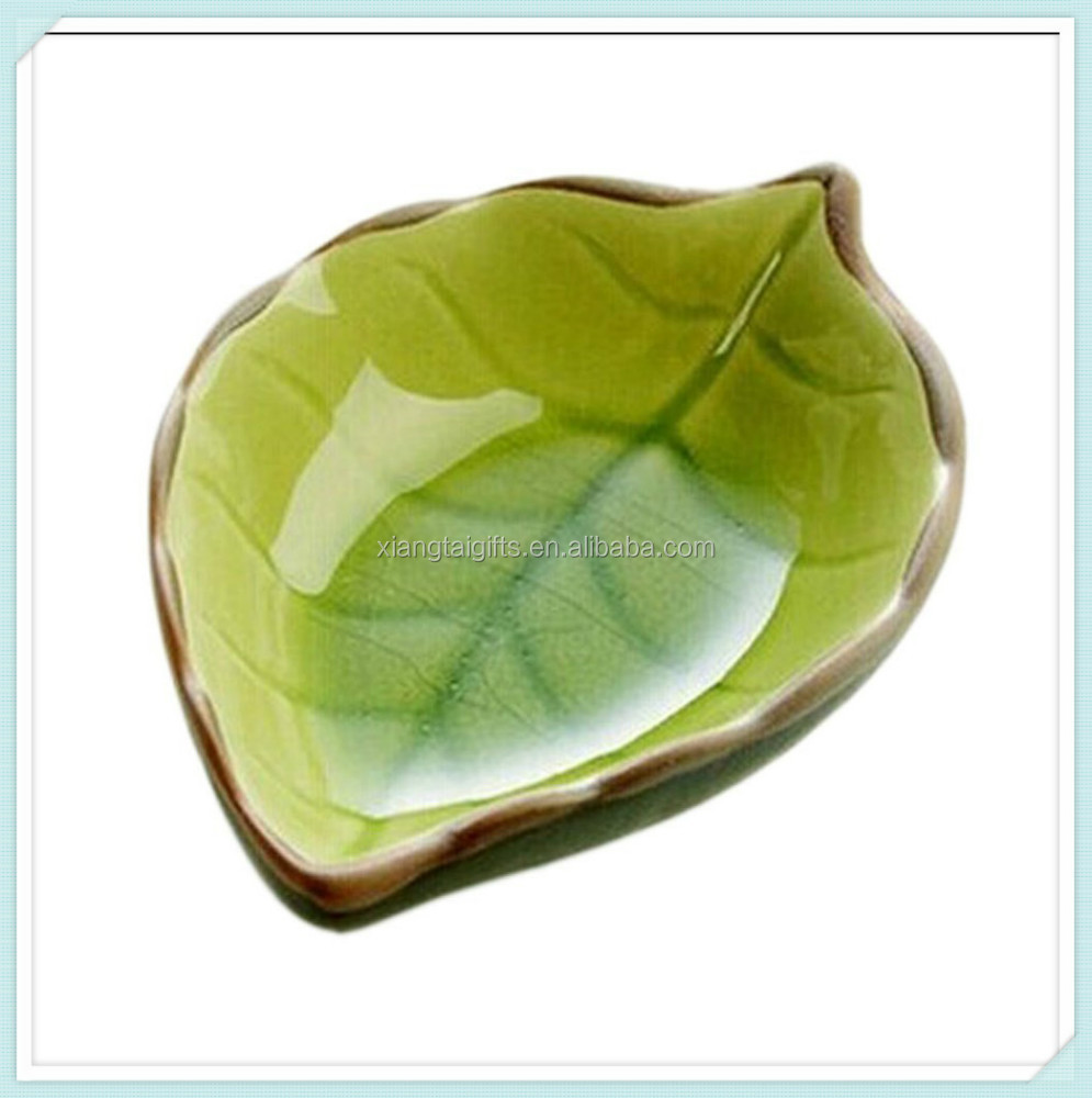 New design palm ceramic leaf shaped sauce dishes plate