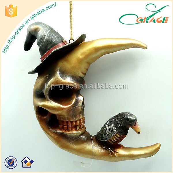 resin Halloween night make up party decoration hanging Halloween moon with crow Halloween moon ornament