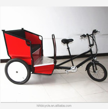 Manual driving type and closed body type manual tricycle with sunshade and canopy