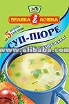 Thick soup with green peas