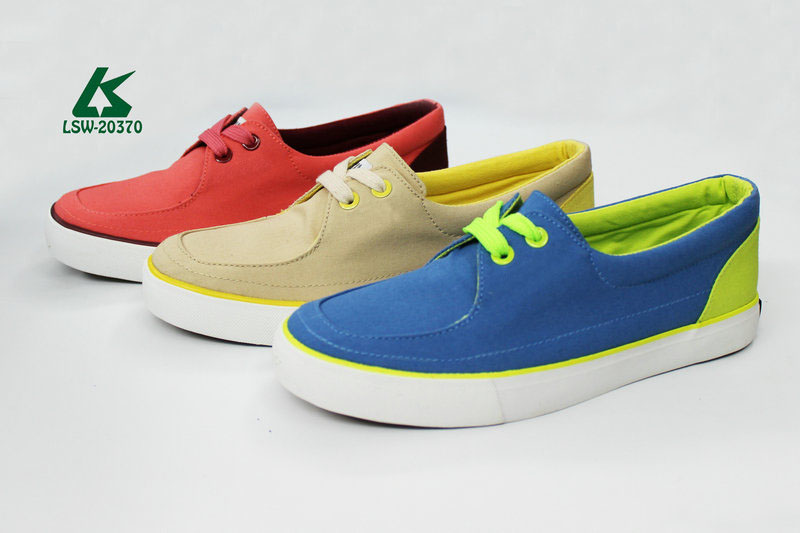 new model women vulcanized canvas shoes