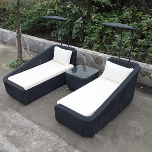 Yizhou outdoor furniture Patio outdoor wicker swimming pool chaise beach chair with sunshade rattan sunlounger