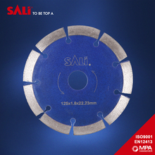 Segment diamond cut concret saw blade