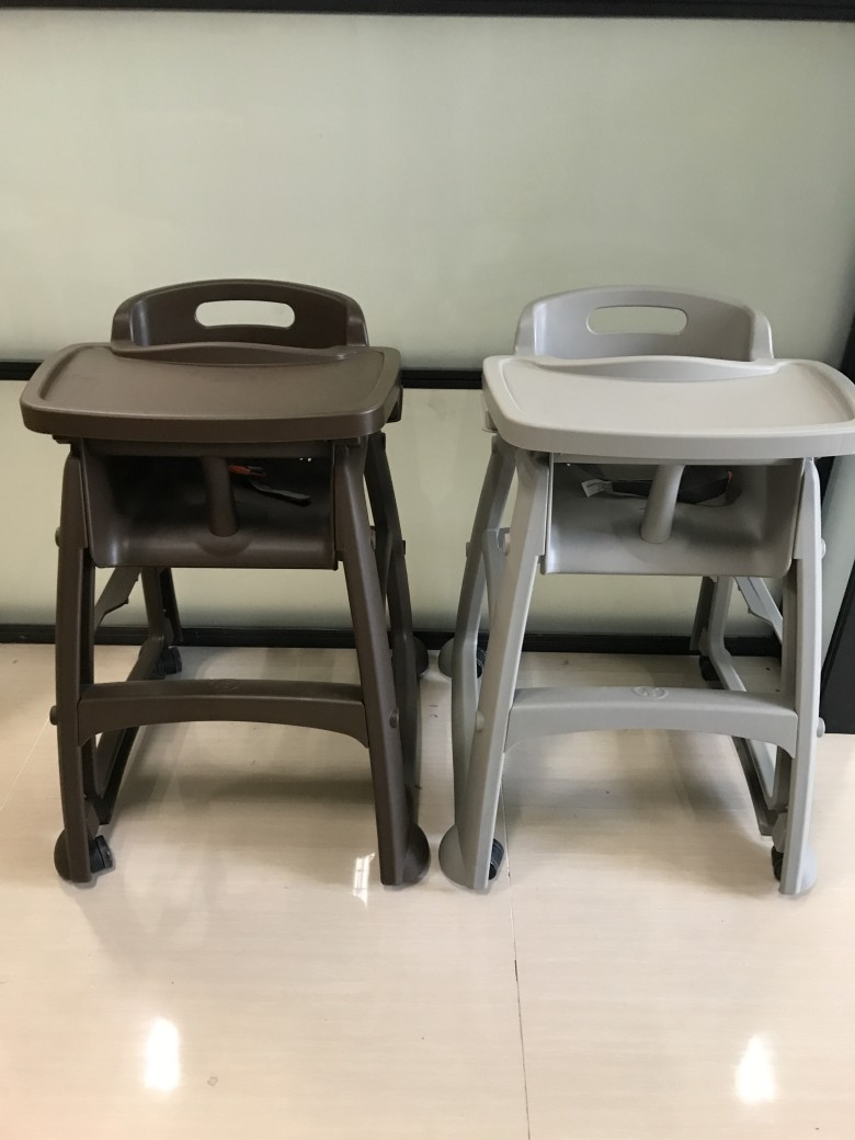 2017 popular baby furniture eco friendly KFC popular solid plastic baby highchair