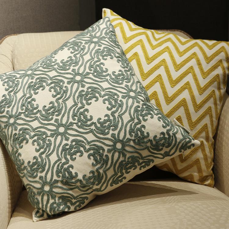 Home Textile wholesale embroidered cushions home decor seat cushion pillow cushion