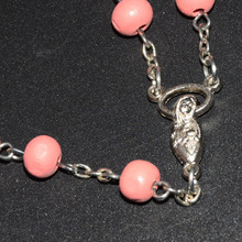 Hot Selling Popular Chinese Pink Olive Wooden Catholic Rosary Wholesale