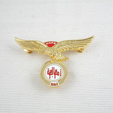 Hot sale product high quality gold plated UAE eagle metal lapel pin badge
