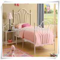 Colorful cheap children iron toddler bed