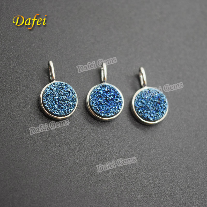 Wholesale Round 8.0mm Natural Agate Druzy Brass Pendant