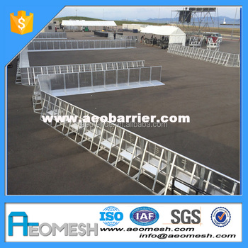 Indoor & Outdoor Aluminum Crowd Control Barrier Make Event A Success