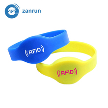 new design waterproof rfid nfc silicone wristband
