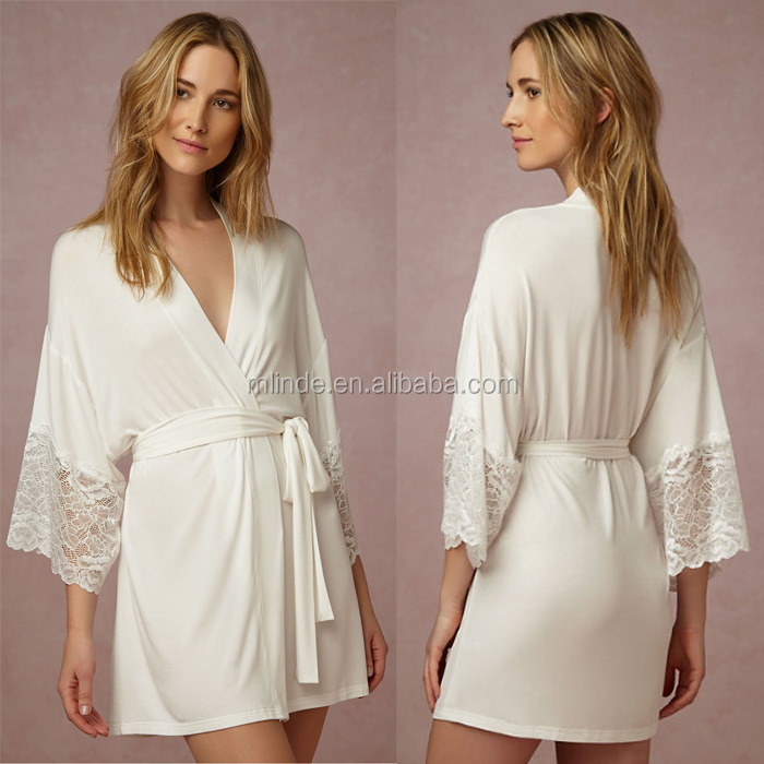 High quality wedding clothing wholesale white lace satin bridal robe luxurious sexy lace sleeve night sleep wear for brial