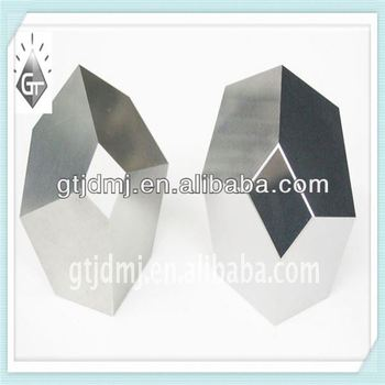 tungsten carbide anvil with multi-faceted angles for pressuring diamond