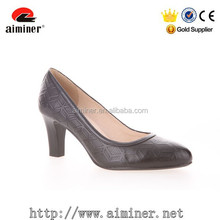 Chengdu manufacturer genuine leather women shoe middle heel court shoe