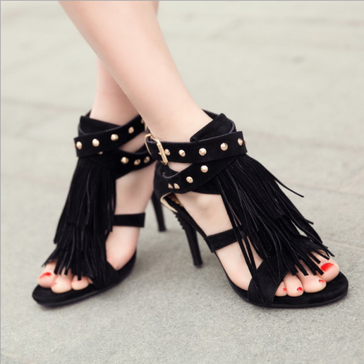 newly beautiful lades shoes women rivet strapped sandals