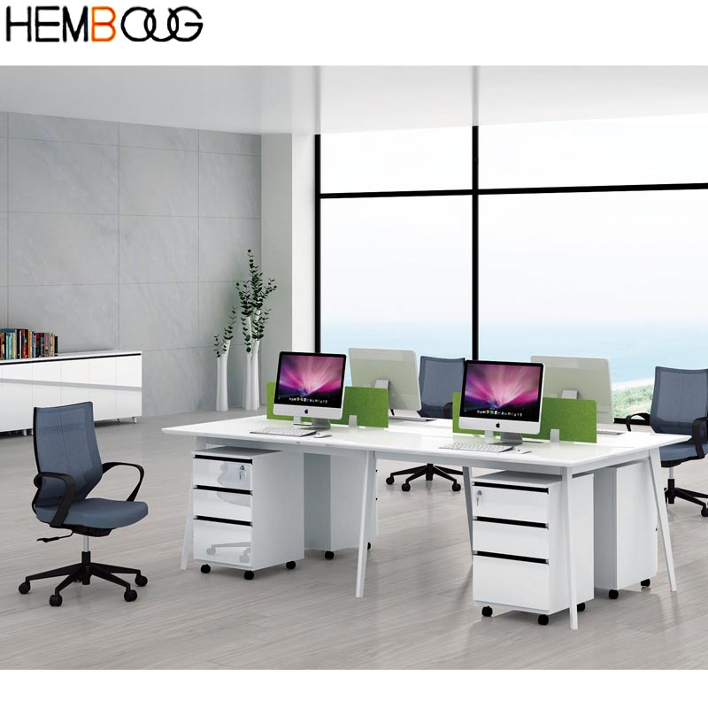 China Factory Newly Arrival Hot Sale 4 People Office Desk In Wood