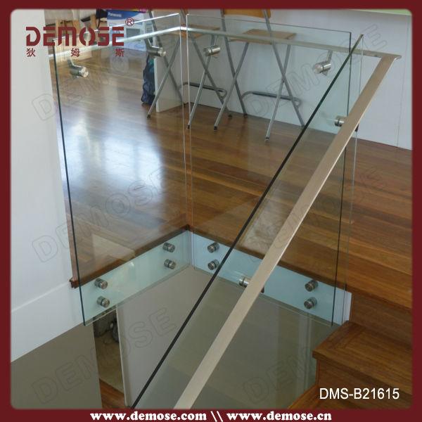 Int rieur portable rampes d 39 escalier en verre prix rampes et mains couran - Escalier en verre prix ...
