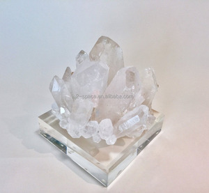 China Cube Stand Wholesale Quartz Crystal Pedestal Clear Acrylic Base For Mineral Display