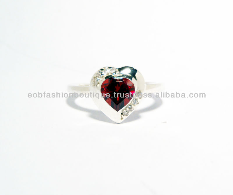 GWR 40 Sterling Silver 925 Heart Shape Gemstone Ring